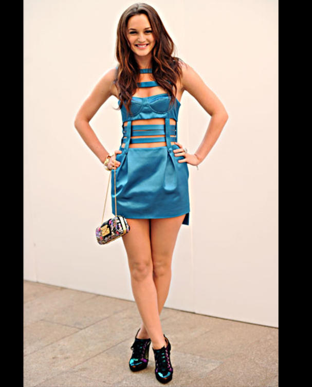 leighton-meester-fashions-night-out-versace-kleid