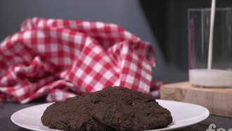 Low Carb Bäckerei: Saftige Schoko-Cookies